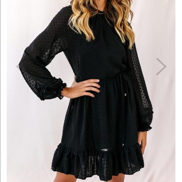 selfie leslie Dresses & Skirts - Selfie Leslie Black Ruffled Hemline Dress